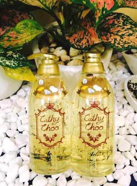 Sữa Tắm Tinh Chất Vàng Trắng Da Cathy Choo 24K Active Gold Fragrance Shower Gel (750ml)